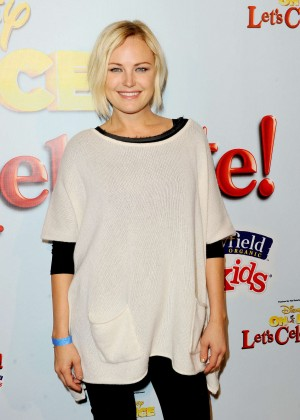 Malin Akerman - Disney On Ice Presents Let's Celebrate! in LA