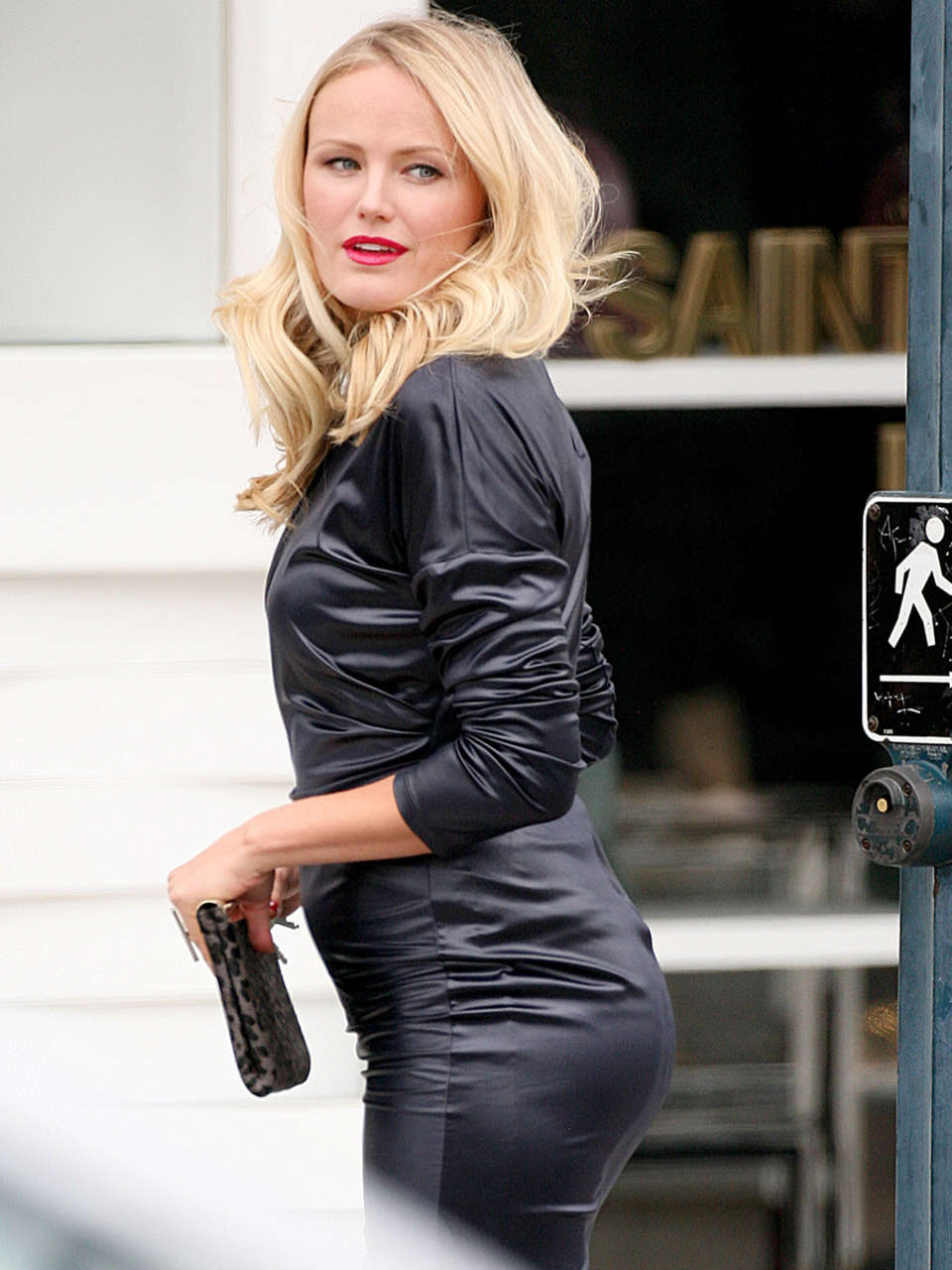 Malin Akerman in leather dress -04 - GotCeleb Malin Akerman Photos