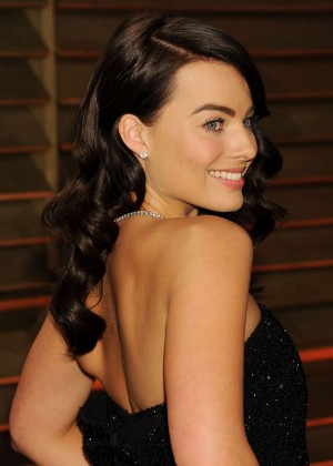 Margot Robbie: Oscar 2014 - Vanity Fair Party -02