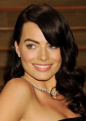 Margot Robbie: Oscar 2014 - Vanity Fair Party -06
