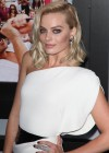Margot Robbie: The Wolf Of Wall Street premiere -07