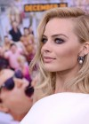 Margot Robbie: The Wolf Of Wall Street premiere -26