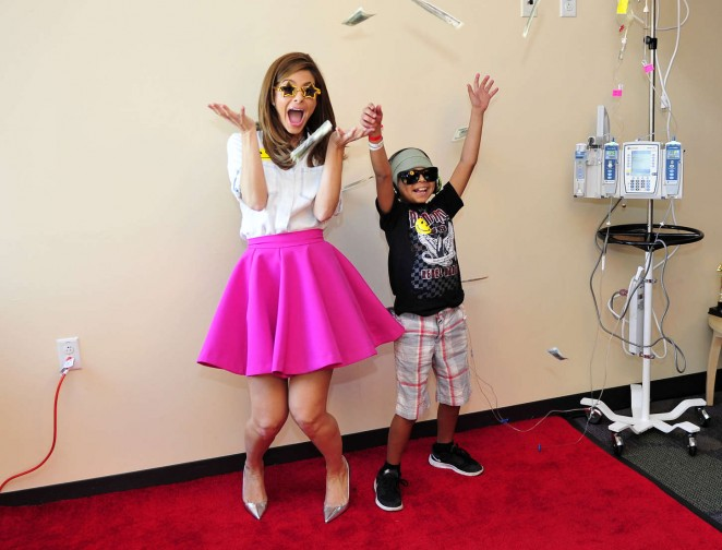 Maria Menounos - 8th Annual Take Action Hollywood 'Day Of Beauty' Event in LA