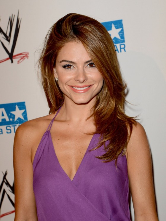 Maria Menounos cleavage in purple dress at WWE SummerSlam Kick-Off Party in Beverly Hills