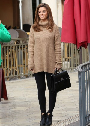 Maria Menounos in Tights at The Grove in West Hollywood