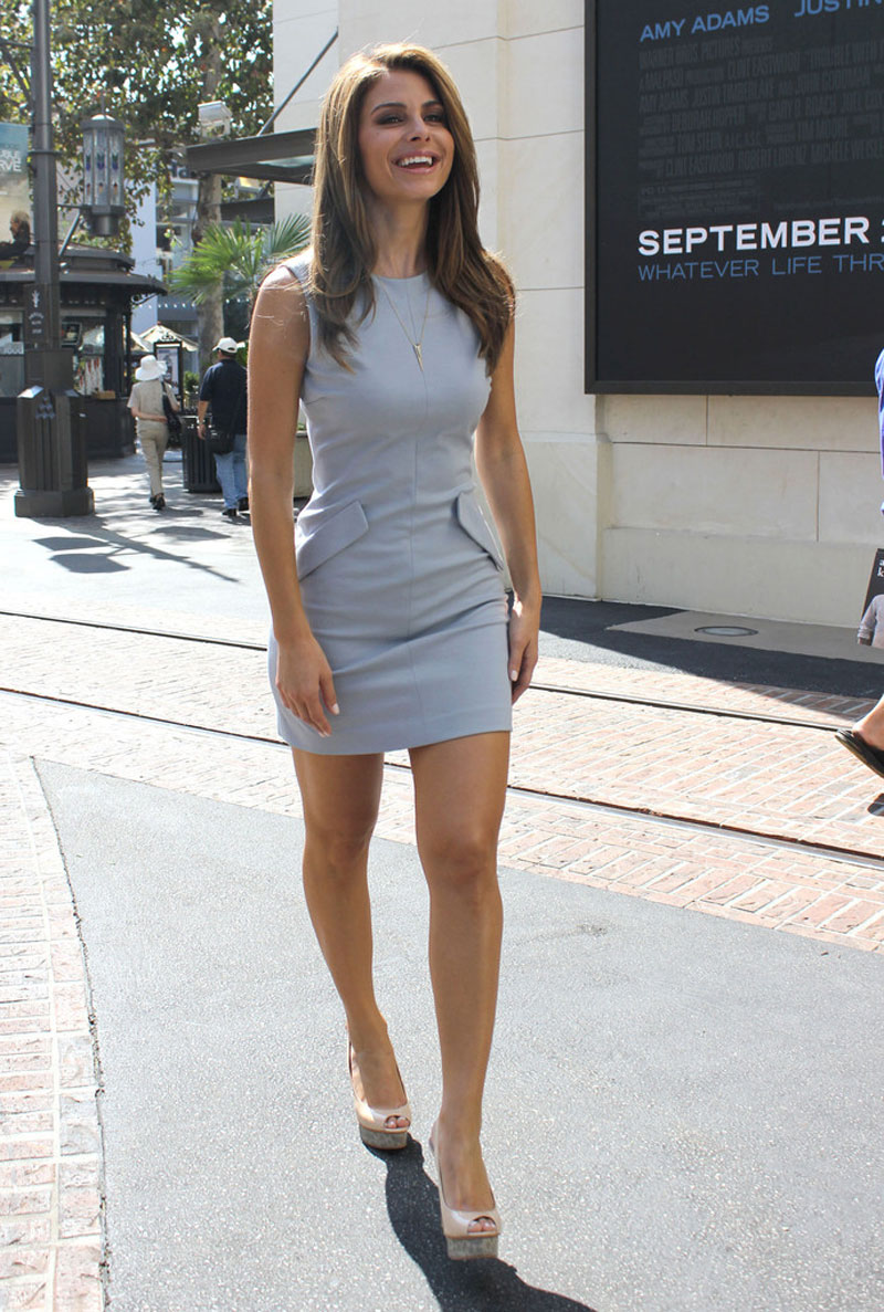 Maria Menounos 2012 : Maria Menounos – Hot in short dress At the Set of Extra-05