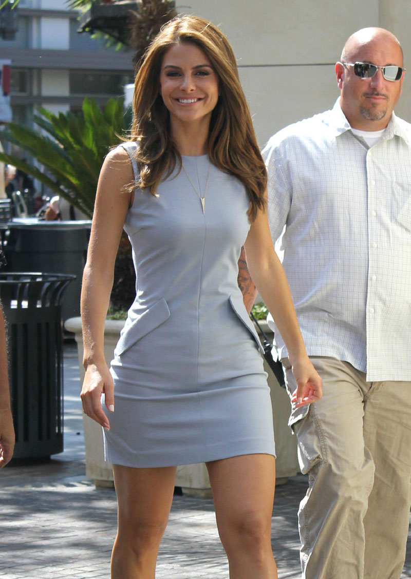 Maria Menounos 2012 : Maria Menounos – Hot in short dress At the Set of Extra-07
