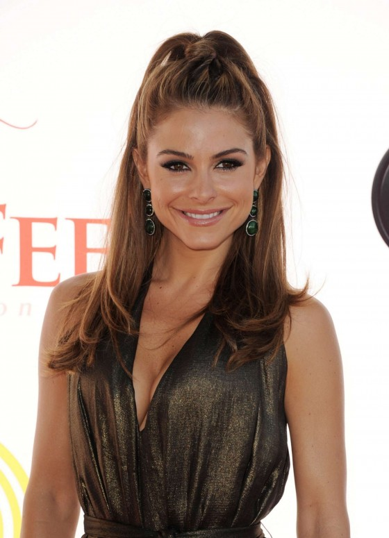 Maria Menounos at Dizzy Feet Foundation Dance Gala 2012