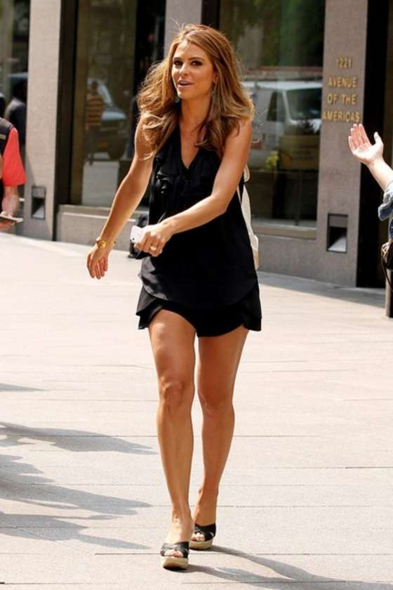 Back to post Maria Menounos hot in a black dress at Sirius Satellite ...