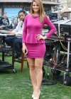 Maria Menounos - Looking Hot on the set of Extra in Los Angeles-02