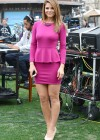 Maria Menounos - Looking Hot on the set of Extra in Los Angeles-03