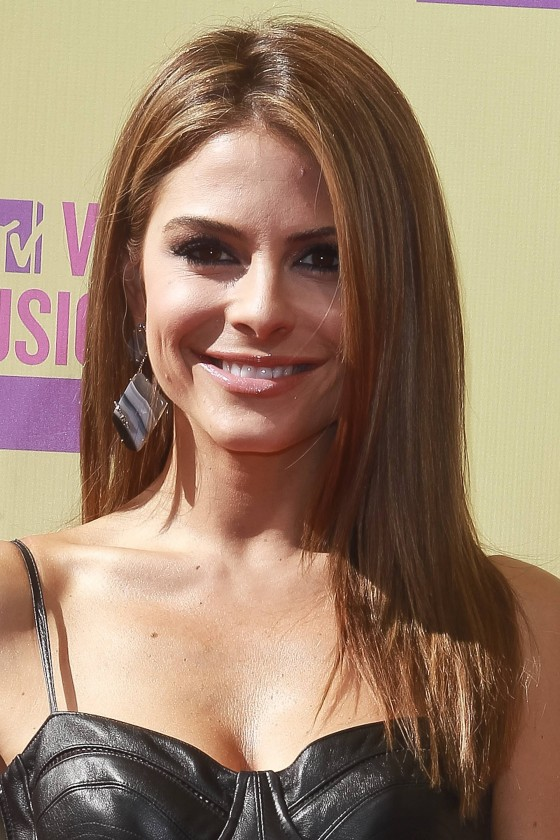 Maria Menounos – MTV VMA 2012 in Los Angeles-01