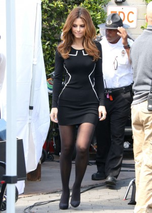 Maria Menounos Photos: Tight Black Dress on Extra Set -16