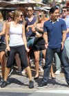 Maria Menounos in tight leggings-01