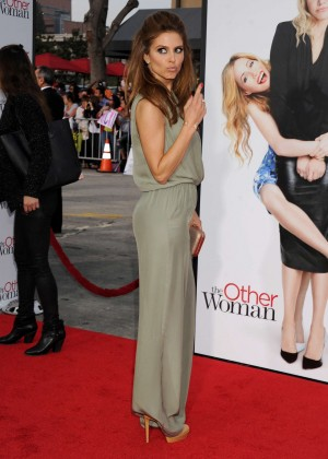 Maria Menounos: The Other Woman premiere -05