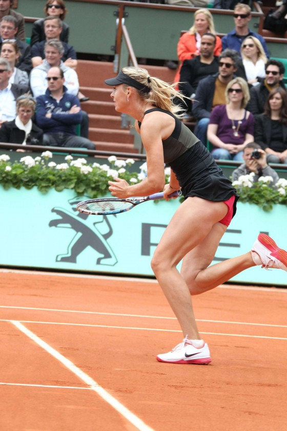 Maria Sharapova playing in Semi-Finals – 2012 French Open in Paris-02