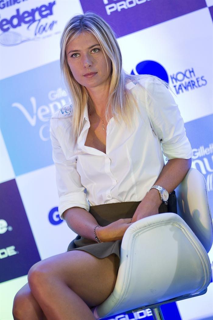 Maria Sharapova At Gillette Federer Tour Press