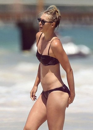 Maria Sharapova Bikini Photos: 2014 in Cancun -28
