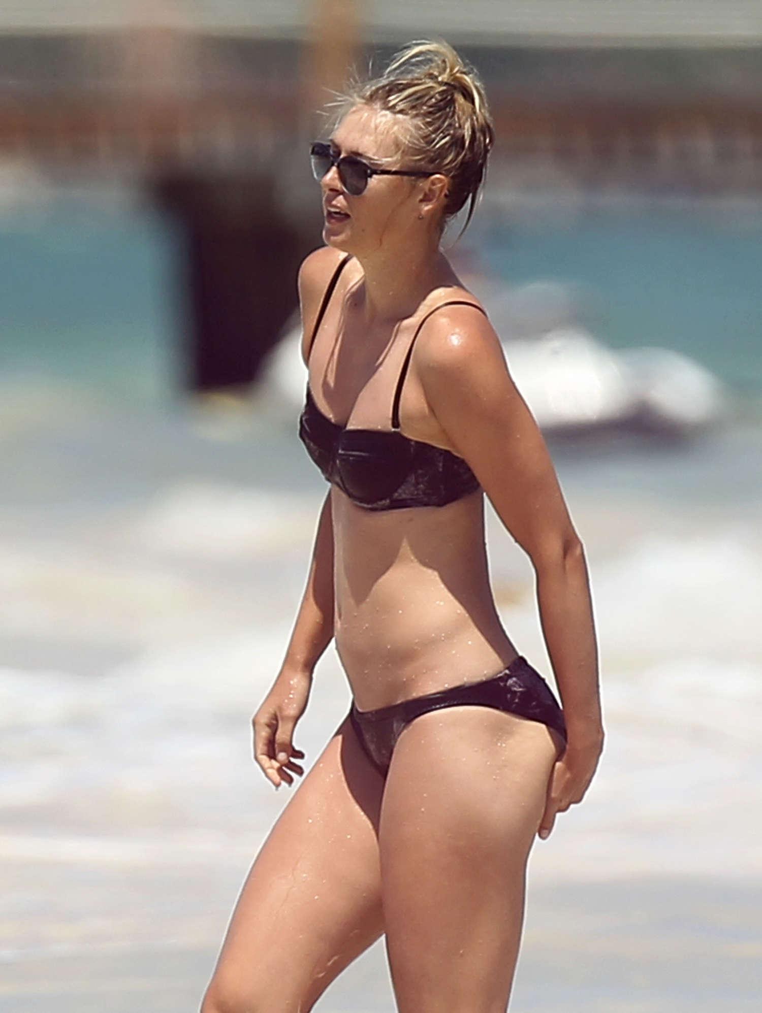 Maria Sharapova Bikini Photos 2014 In Cancun 28 GotCeleb