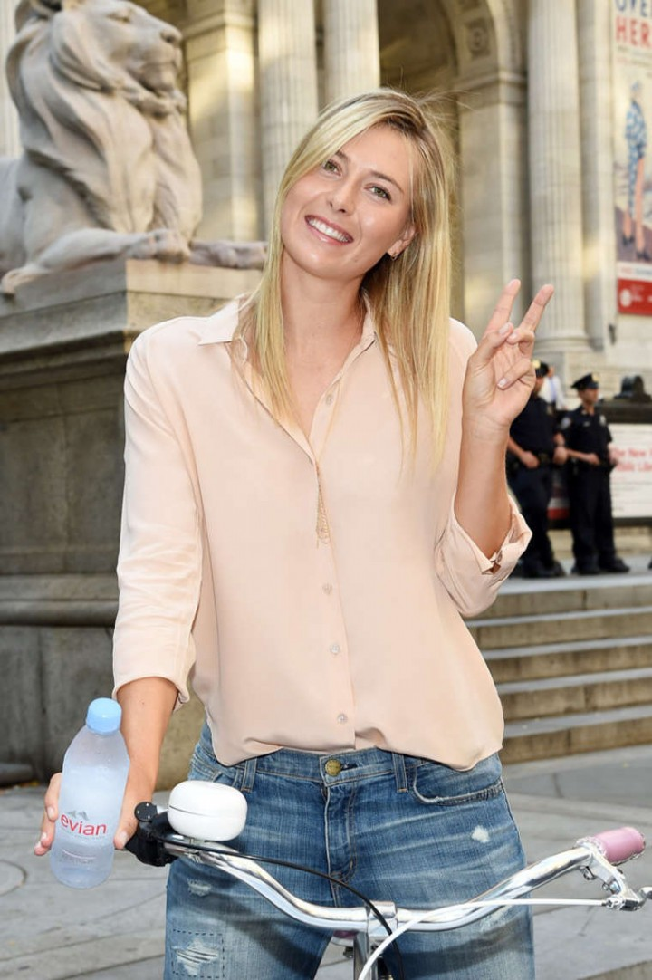 Maria Sharapova - Serves Up Evian Bottle Service in NYC