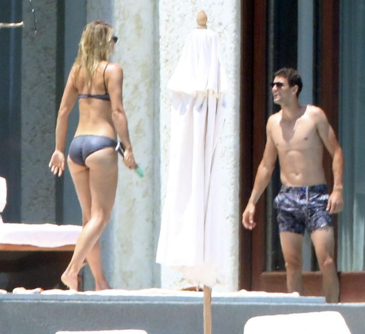 Maria Sharapova: bikini 2014 -11