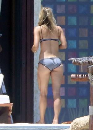 Maria Sharapova: bikini 2014 -17