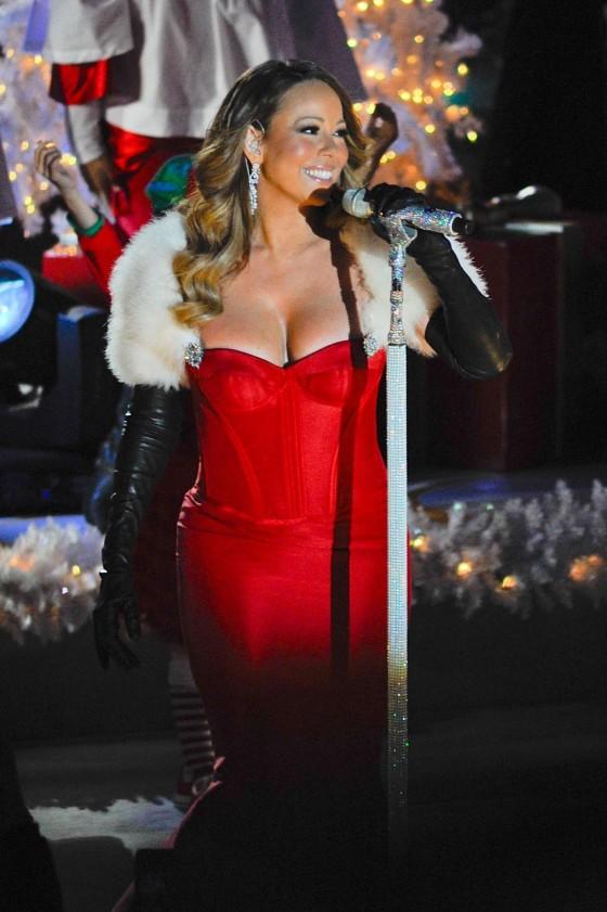 Mariah Carey – 81st Annual Rockefeller Center Christmas Tree Lighting in NY