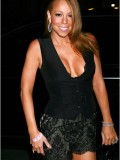 mariah-carey-leggy-and-cleavage-candids-at-mr-chow-2008-17