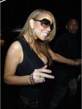 mariah-carey-leggy-and-cleavage-candids-at-mr-chow-2008-26