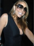 mariah-carey-leggy-and-cleavage-candids-at-mr-chow-2008-34
