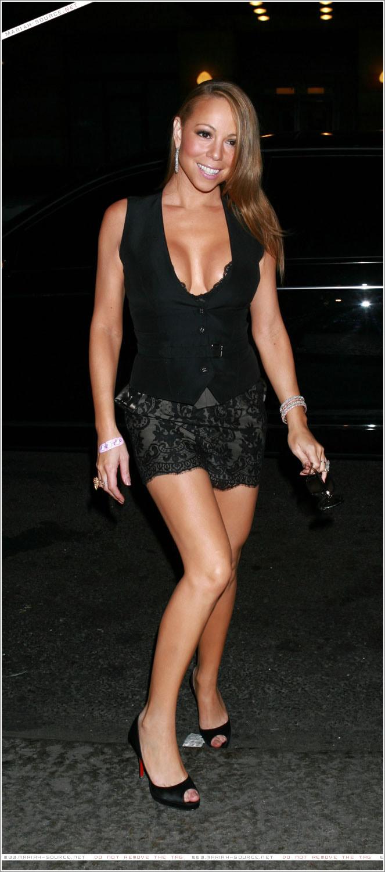 mariah-carey-leggy-and-cleavage-candids-at-mr-chow-2008-35 - GotCeleb Mariah Carey
