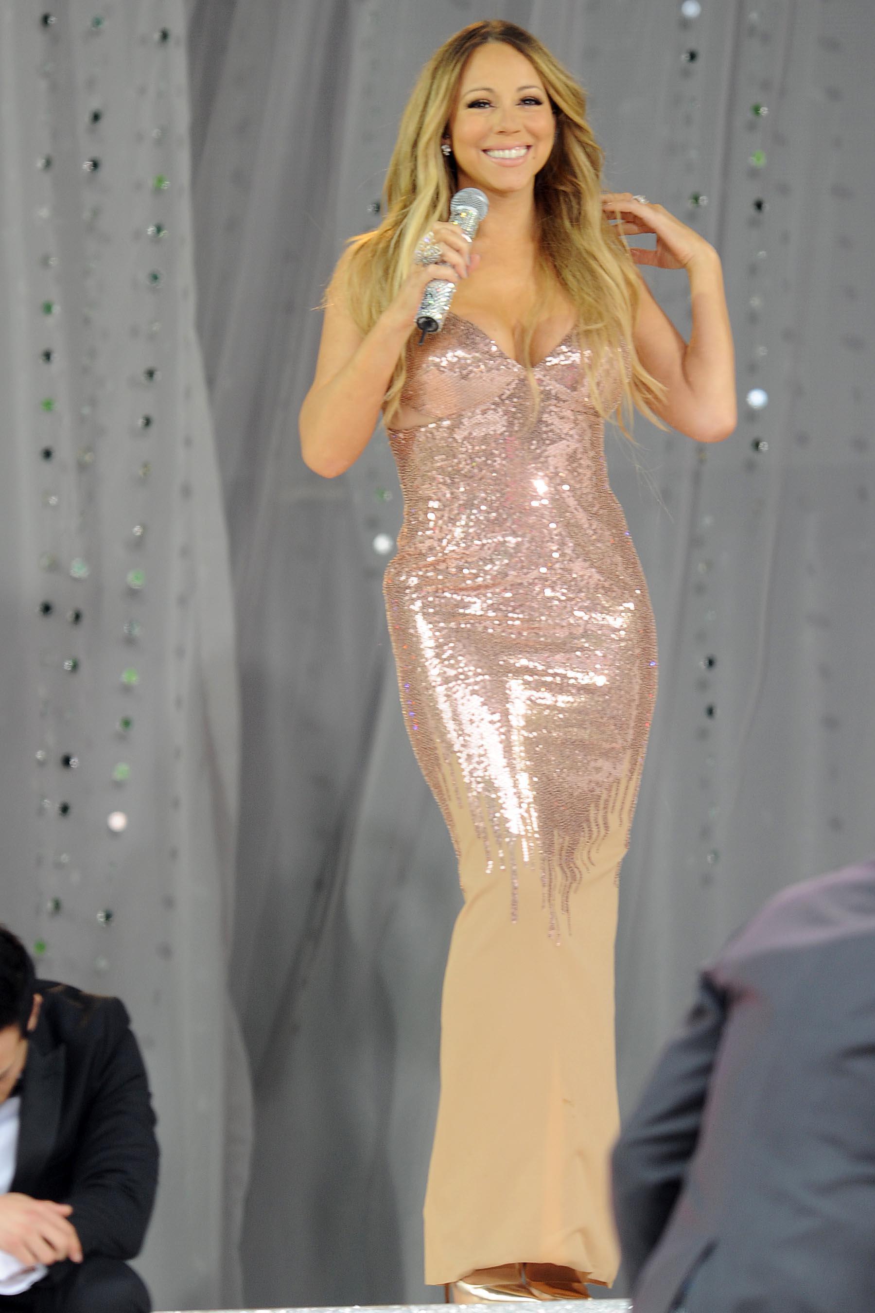 Mariah Carey On Gma 2013 In Nyc 18 Gotceleb