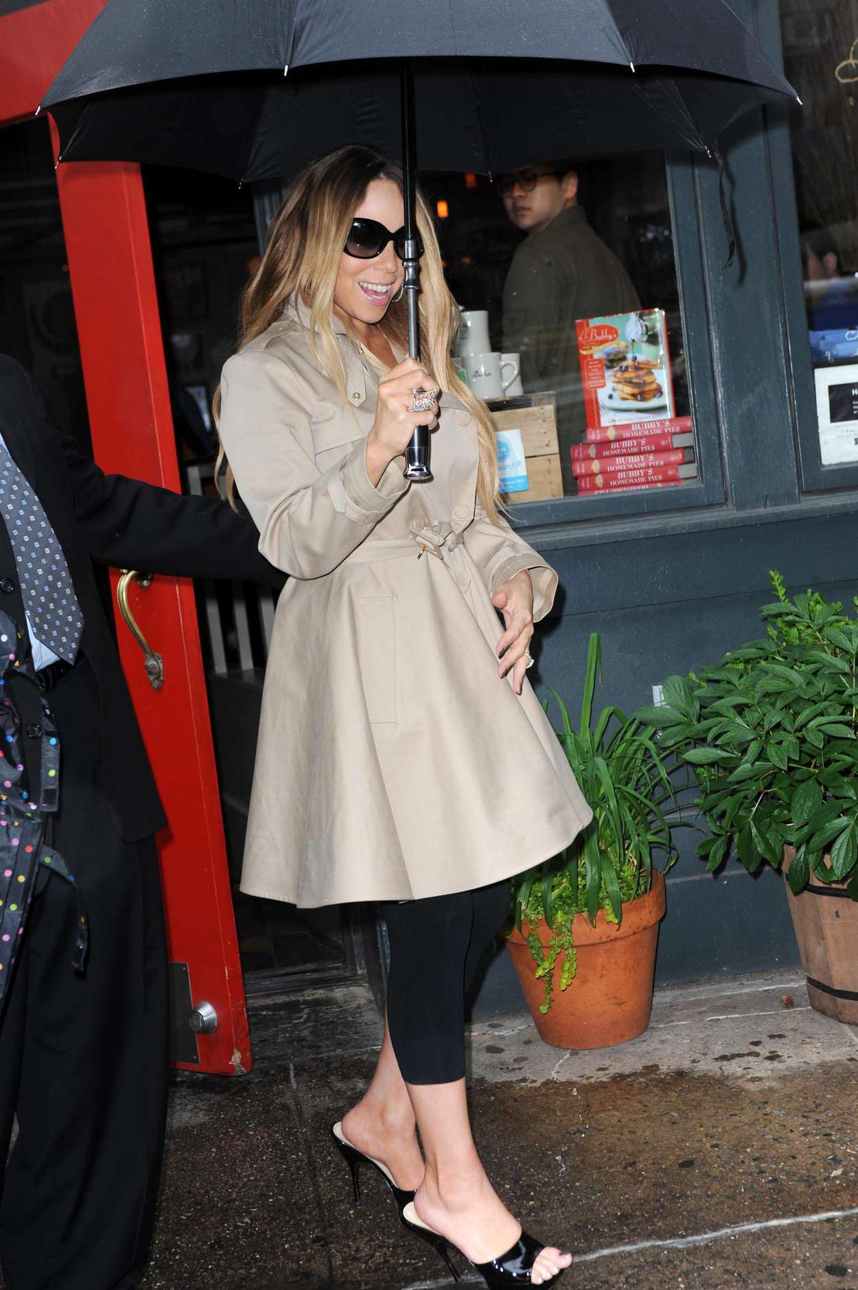 Mariah Carey 2013 : Mariah Carey out in NYC -03