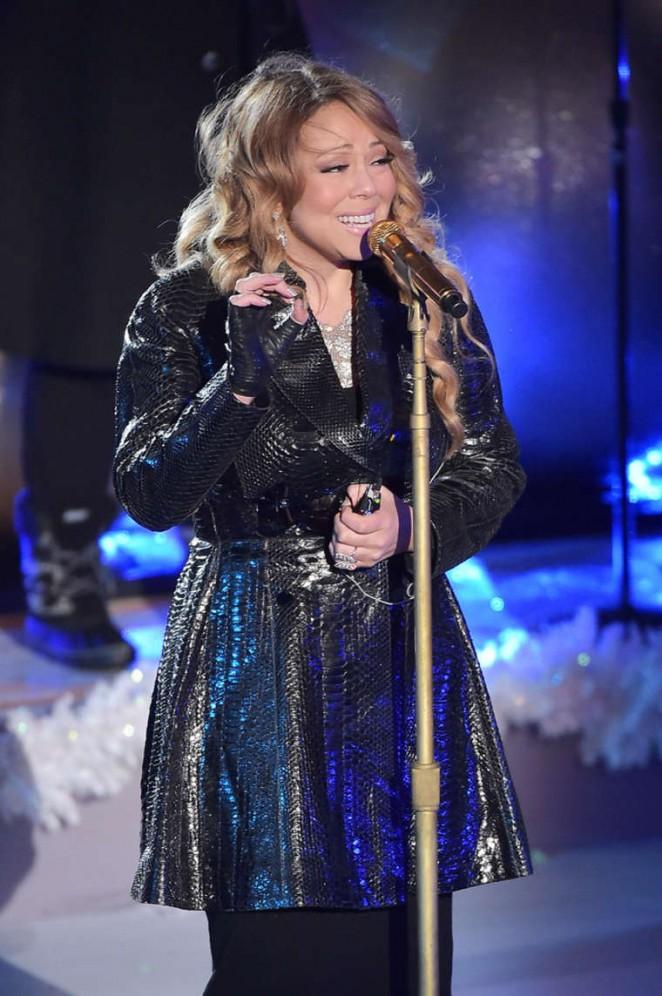 Mariah Carey – Rockefeller Christmas Tree Lighting Ceremony