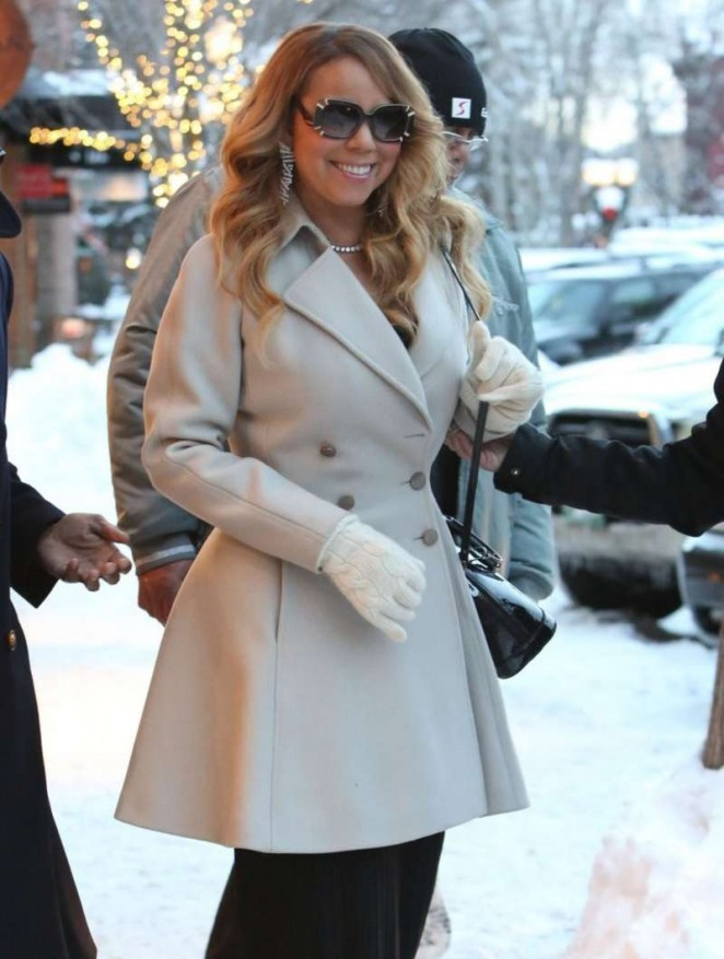 Mariah Carey - Shopping in Aspen