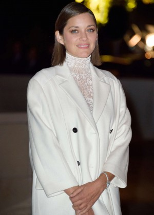 Marion Cotillard - Foundation Louis Vuitton Opening in Boulogne-Billancourt, France