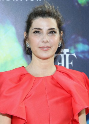 Marisa Tomei - 2014 Fragrance Foundation Awards in NYC-04