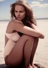 Marloes Horst: Harpers Bazaar UK -02
