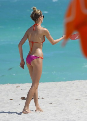 Martha Hunt Hot Bikini Photos: 2014 in Miami -07