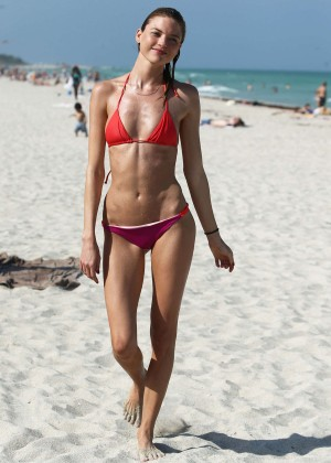 Martha Hunt Hot Bikini Photos: 2014 in Miami -10