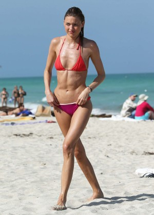 Martha Hunt Hot Bikini Photos: 2014 in Miami -14