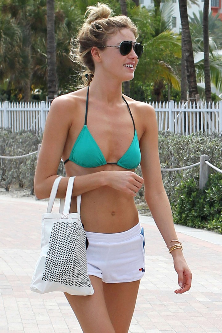 Martha Hunt Bikini Photos: 2014 Miami -15