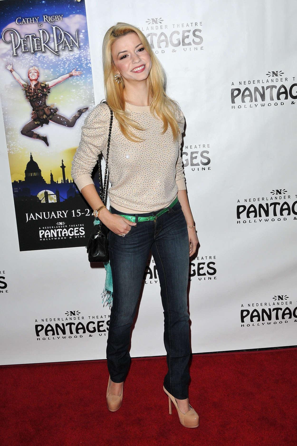 """Masiela Lusha - Opening Night """"Peter Pan"""" in Hollywood"""