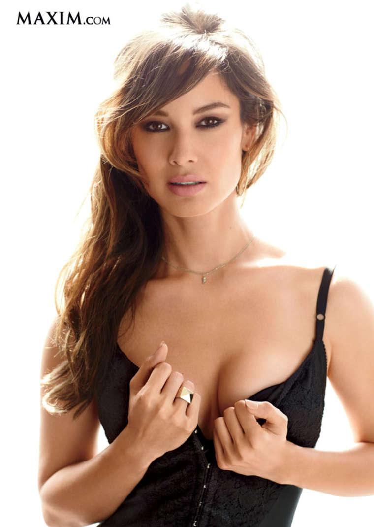 Maxim Asian Hot 100 List