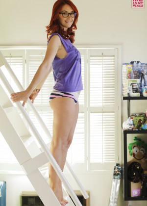 Meg Turney in Me in My Place - Esquire 2014 -03