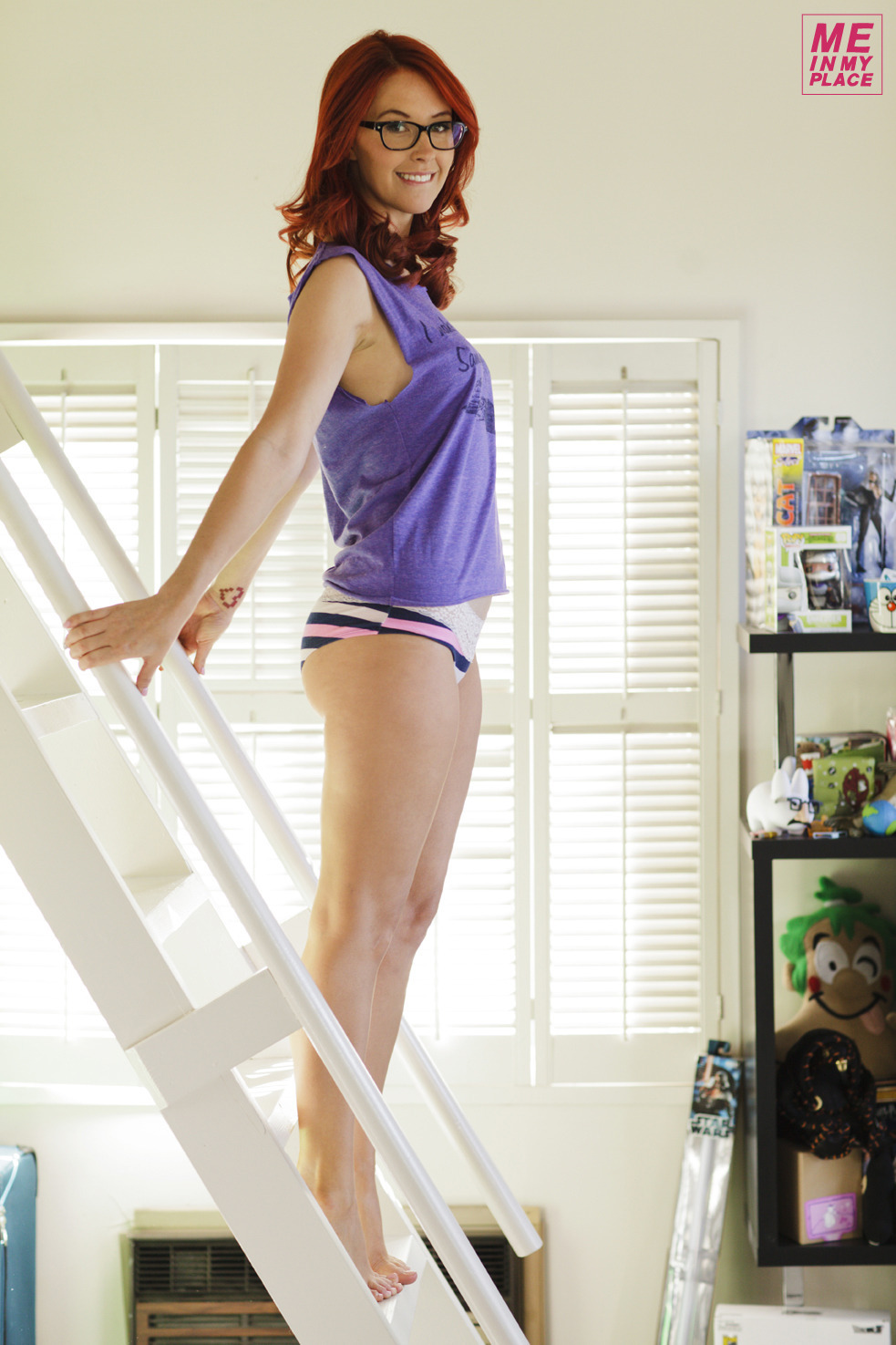 Meg Turney - Me in My Place