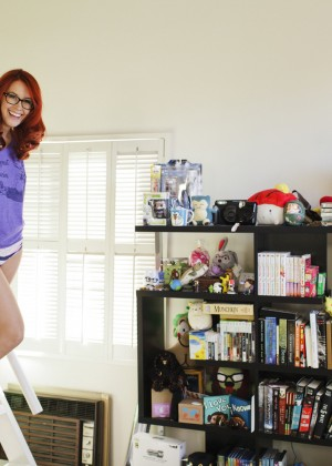Meg Turney in Me in My Place - Esquire 2014 -16