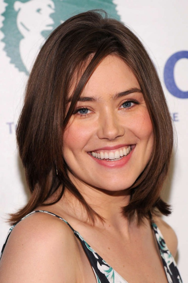 Megan Boone: Night of Comedy NY Benefit -05 - GotCeleb