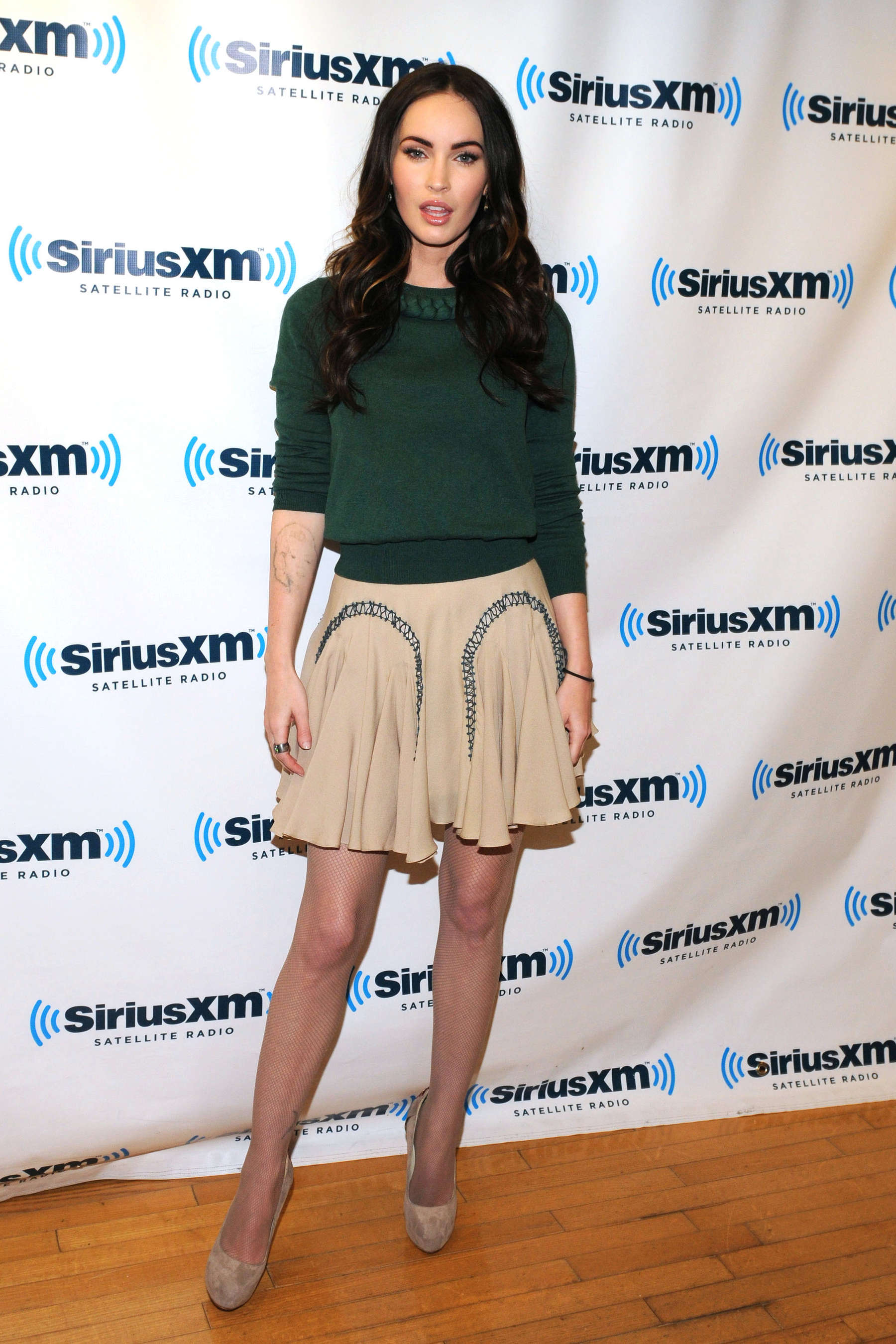 Megan Fox 2012 : Megan Fox legs at SiriusXM Radio-17