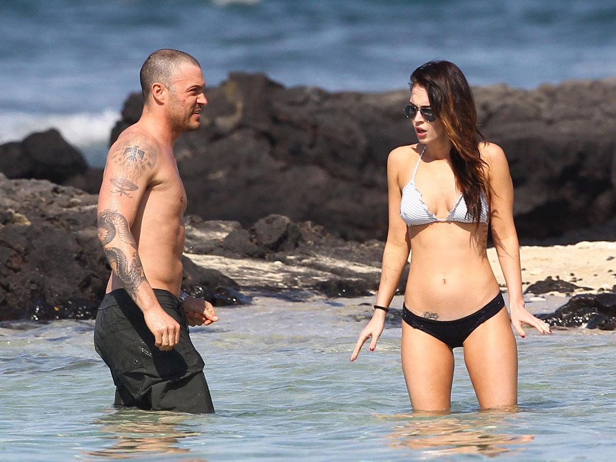 megan-fox-bikini-candids-in-hawaii-adds-16 - GotCeleb